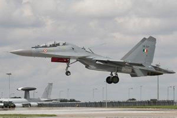 Pristávajúca Su-27.