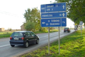 Opravovať sa má cesta až od križovatky na konci Kalnej nad Hronom.