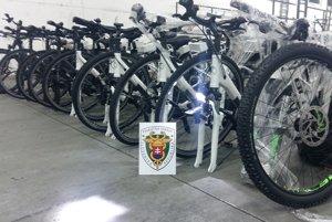 Sken odhalil v ukrajinskom aute ukradnuté elektrobicykle z Nemecka.