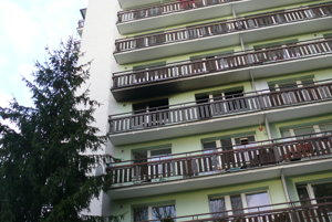 Bytovka v Čajkovského štvrti v Martine - Priekope. Horelo na štvrtom podchodí.