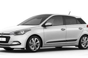 Hyundai v konfigurátore nechce ukázať základnú výbavu i20 a zobrazuje len lepšiu. Základná cena začína pri 8 990 eur.