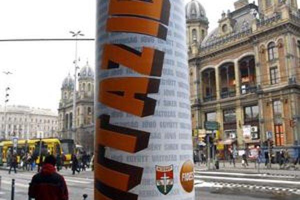 Nastal čas (na zmenu), hlása predvolebný plagát Fideszu.