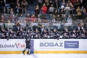 Hráči Slovana prehrali tri zo štyroch zápasov na klziskách súperov.