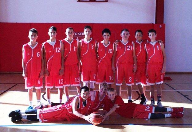 Za tím žiakov Serede hrajú aj chalani z Nitry - v rámci spolupráce týchto dvoch klubov.
