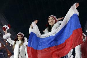 Ruskí športovci počas otváracieho ceremoniálu na olympiáde v Soči 2014.