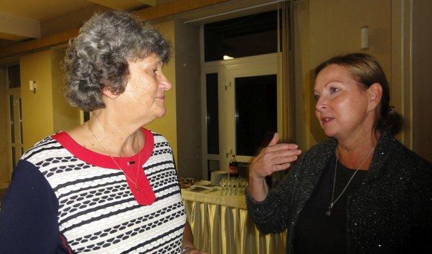 Spisovateľova dcéra Anna Ščepánová (vpravo) a neter Ľubica Škodová-Lacková.