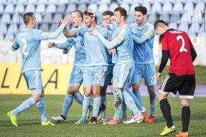 Hráči Slovana strelili v derby prvý gól.