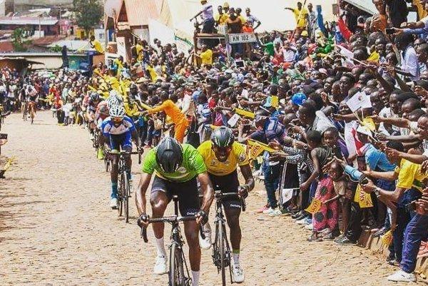 Foto z pretekov.