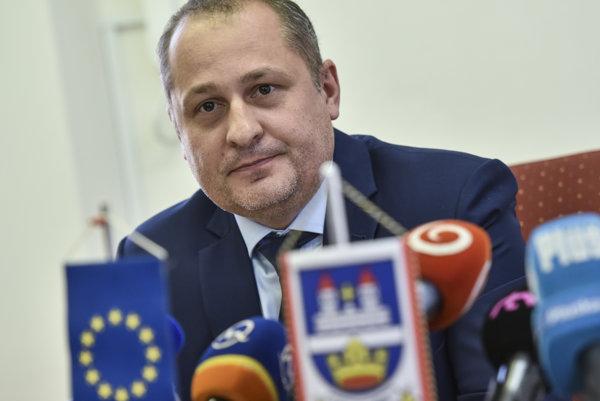 Súčasný starosta Martin Kuruc kandiduje ako nezávislý
