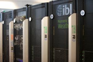 IBL dodáva zákazníkom aj počítače, ktoré dokážu ich systém zvládnuť.