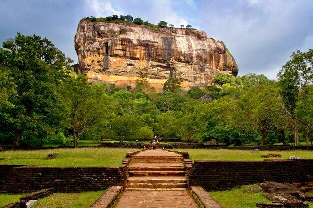 Pohľad na skalu Sigiriya