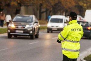 Dohľadu nad bezpečnosťou a plynulosťou cestnej premávky sa policajti venovali aj v 46. týždni.