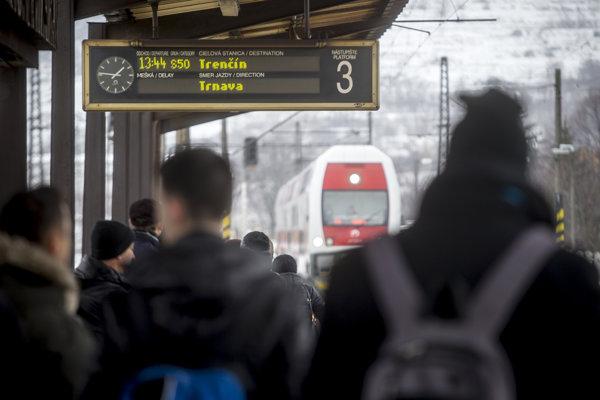 V nedeľu sa na železnici mení cestovný poriadok.