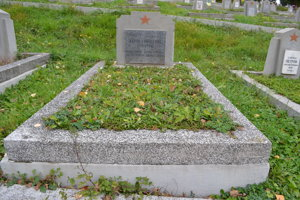 Hrob Iľjikčana.