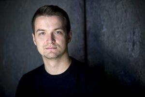 Viktor Vincze je moderátorom televízie Markíza. Jeho manželkou je známa moderátorka Adela Vinczeová.