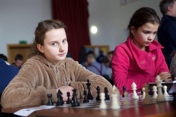 Eliška Machovčáková s víťazkou Luciou Šefčíkovou.