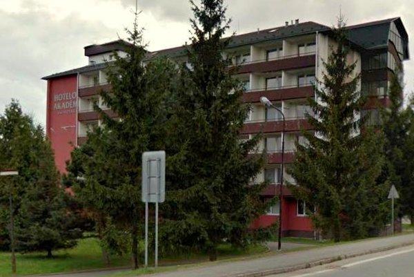 Bardejovská Hotelová Akadémia nesie meno kňaza a známeho šíriteľa dobrých mravov Jána Andraščíka.