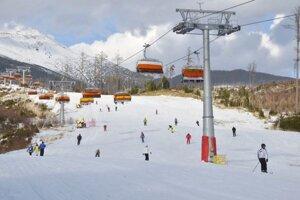 Dnes by ste lyžiarov na tejto zjazdovke hľadali márne. Vleky nepremávajú.