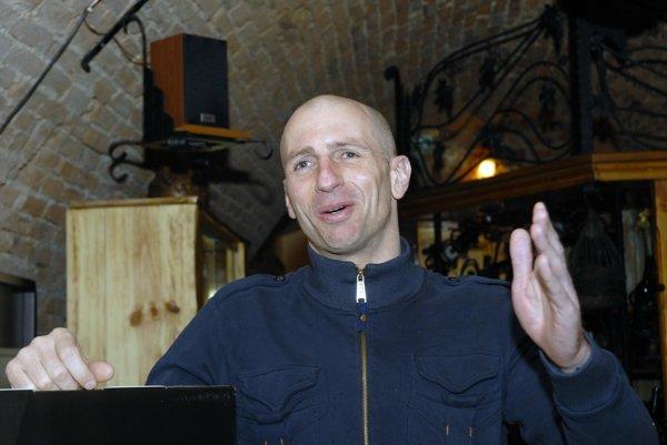 Bývalý slovenský reprezentant. Alexander Nagy si oživil hráčske časy na posedení vSplite.