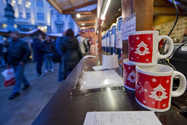 Zmienky o vianočných trhoch v prestížnych zahraničných médiách a úspech v rebríčkoch posilňujú záujem turistov.