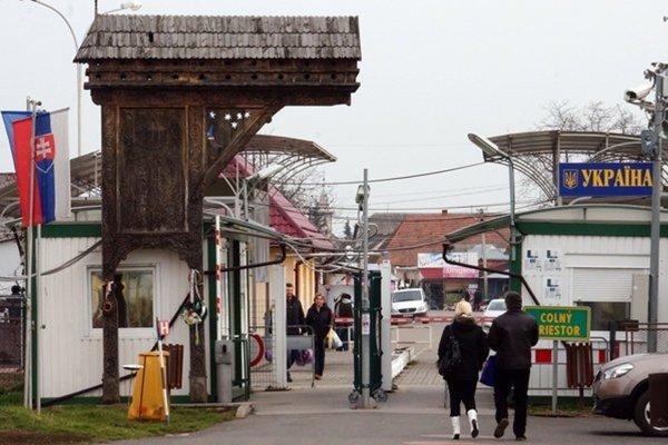 Slovensko-ukrajinský hraničný priechod Veľké Slemence - Mali Selmenci.