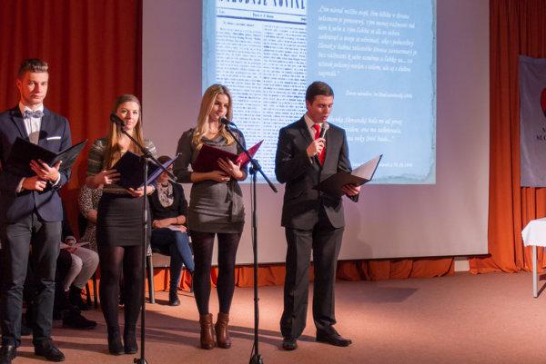 Gymnazisti pripravili literárno-hudobné pásmo o Štúrovi.