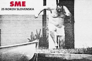 Legendárnu fotografiu bývalého šéfa SIS Ivana Lexu ako skáče do vody na Slnečných jazerách v Senci urobil fotograf denníka SME Marek Velček. Bolo to v čase, keď Lexa ako poslanec HZDS tvrdil, že je práceneschopný a prestal chodiť do parlamentu. O rok pred vyšetrovaním utiekol do Juhoafrickej republiky.