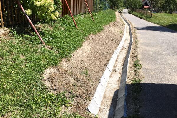 Poďakovanie patrí šikovným aochotným obyvateľom obce Vysoká nad Kysucou.