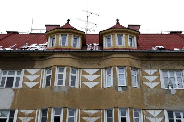 Fasáda Jurkovičovho domu vo Zvolene.