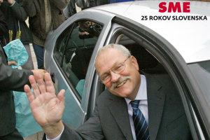 Prezidentské voľby v roku 2004 vyhral Ivan Gašparovič.