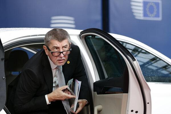 Andrej Babiš je síce podozrivý zo zneužitia európskych dotácií, no v Bruselu sa už ukázal ako český premiér.