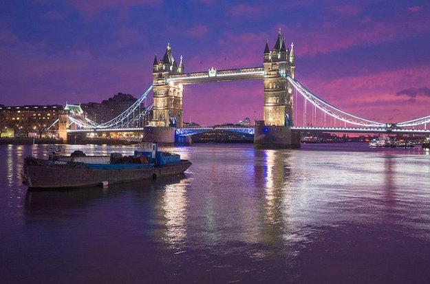 Londýn. Tower Bridge.