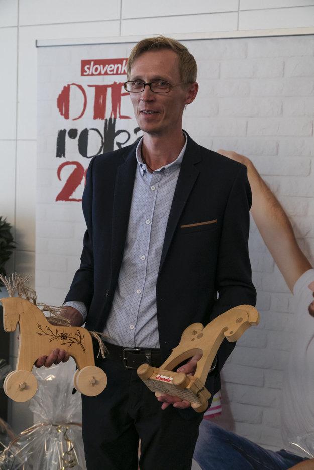 Peter Lazor z Markušoviec je aktuálnym Otcom roka.