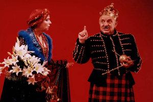 V hre Williama Shakespeara Macbeth.