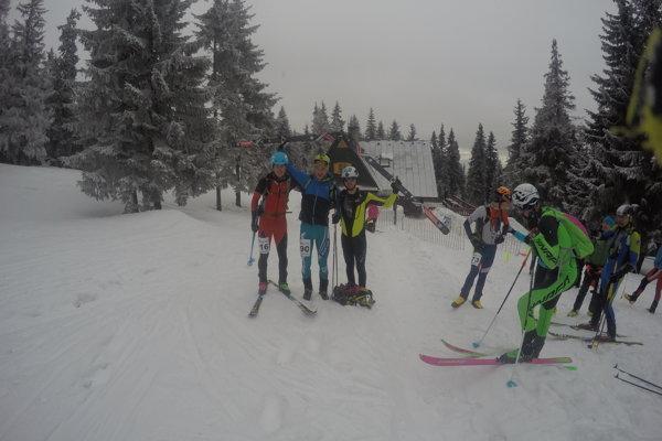 Prví traja v celkovom poradí. Zľava Vladimír Jambrich, Jakub Šiarnik a Matúš Danko. FOTO: ROLAND HRIC