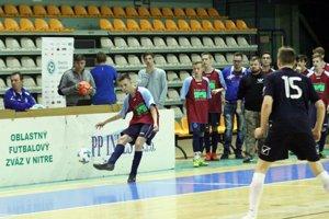 V kvalifikácii PP Invest Cupu bojovalo 18 tímov o štyri postupové miesta.