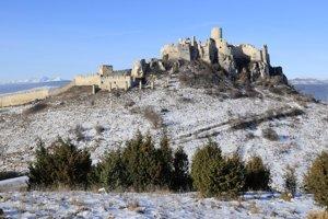 Spišský hrad. Je dominantou regiónu.