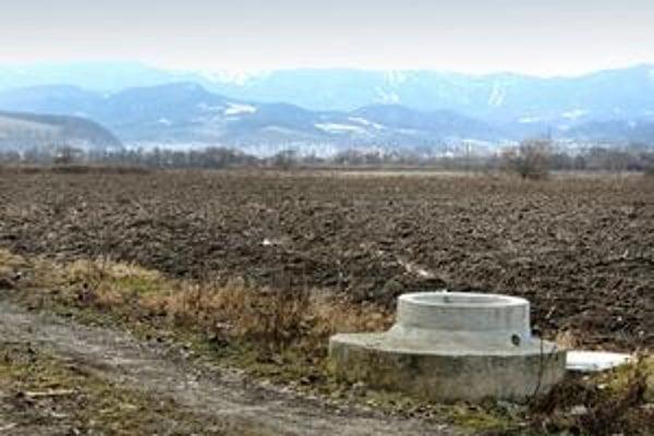 Stavebné pozemky pre Východnú priemyselnú zónu Majer-Šalková previedol Štátny pozemkový fond ako poľnohospodársku pôdu.