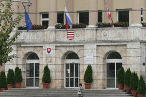 Mestský úrad v Banskej Bystrici.