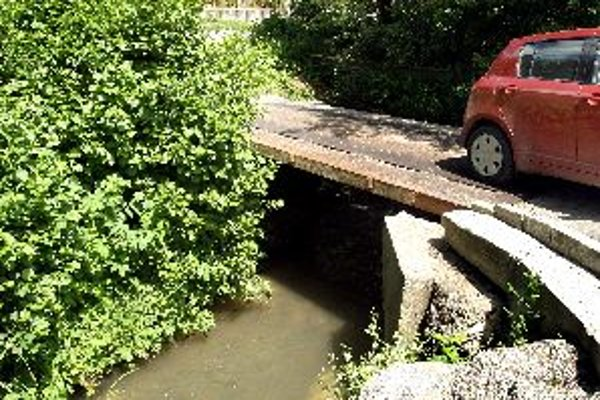 Most cez Malachovský potok je v havarijnom stave