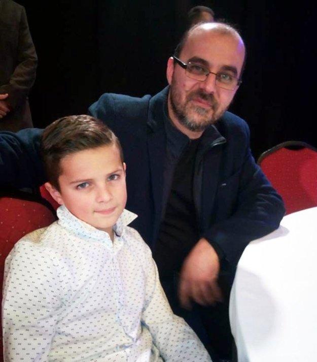 Nathan Udvaros s otcom Petrom.