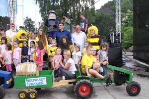 V Necpaloch sa konal druhý ročník podujatia oslavujúceho med, vodu a čistú prírodu.