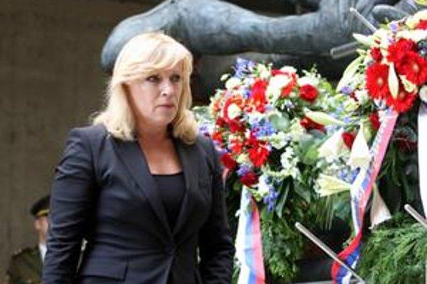 Premiérka položila vence k pamätníku SNP.
