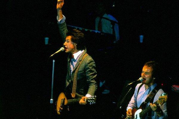 Jim Rodford (vpravo) na fotografii z roku 1979.