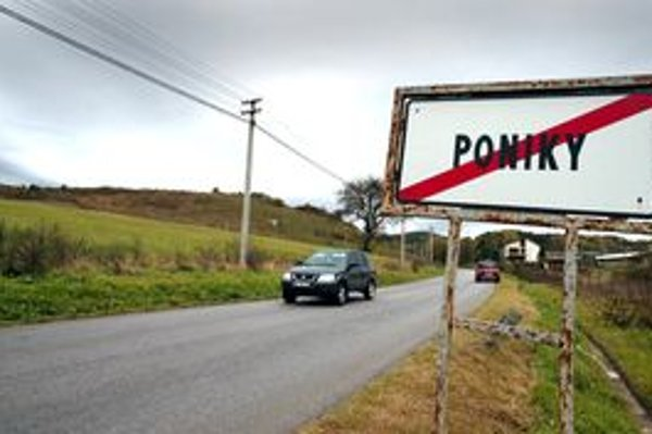 Na Ponikách žije vyše 1600 obyvateľov.