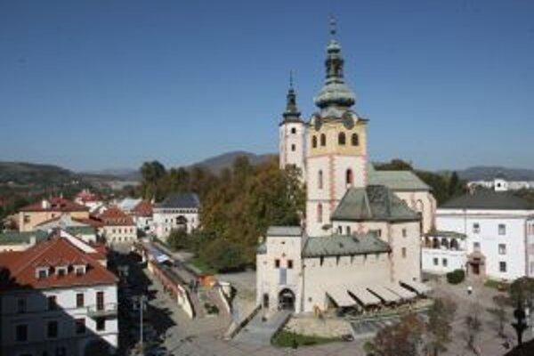 Zápis Banskej Bystrice a ďalších stredoslovenských banských miest na listinu svetového kultúrneho dedičstva UNESCO je otvorený