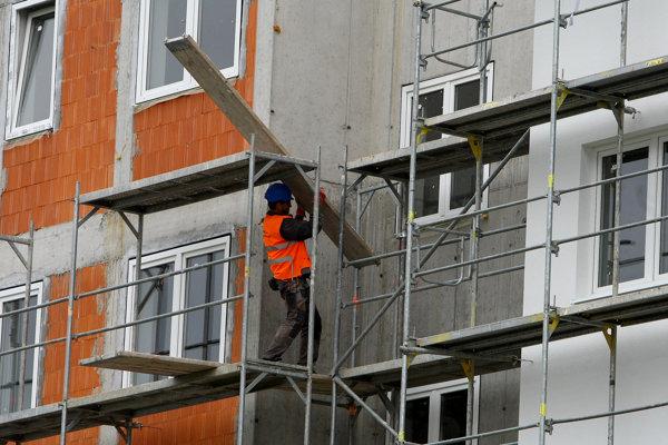 Študijné odbory stavebného zamerania mladých nelákajú.