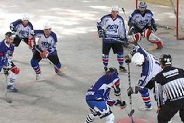V budúcej sezóne by hokejbalovú extraligu mohli priaznivci tohto športu premiérovo vidieť aj v Banskej Bystrici.