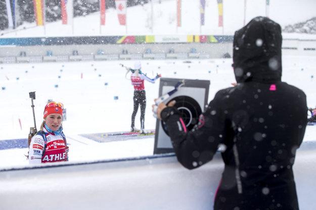 Paulína Fialková na tréningu s trénerkou Annou Murínovou.