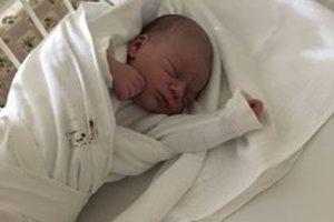 Matúš Cingálek (3580 g, 50 cm) sa narodil 27. decembra Barbore a Miroslavovi z Drietomy. Je to ich prvé dieťa.